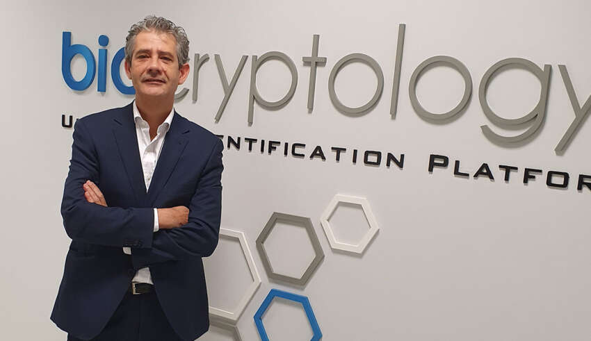 Javier González, director de Biocryptology