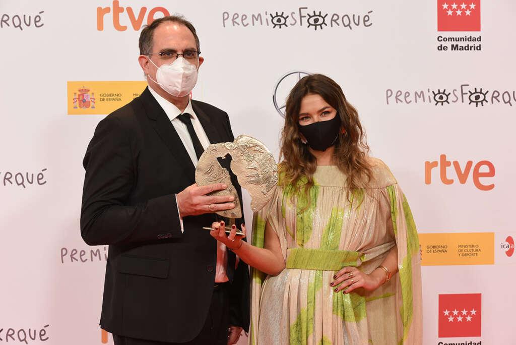 Fernando Riera con Juana Arias, El Nuevo Orden